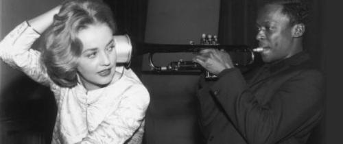 Jeanne Moreau junto a Miles Davis.